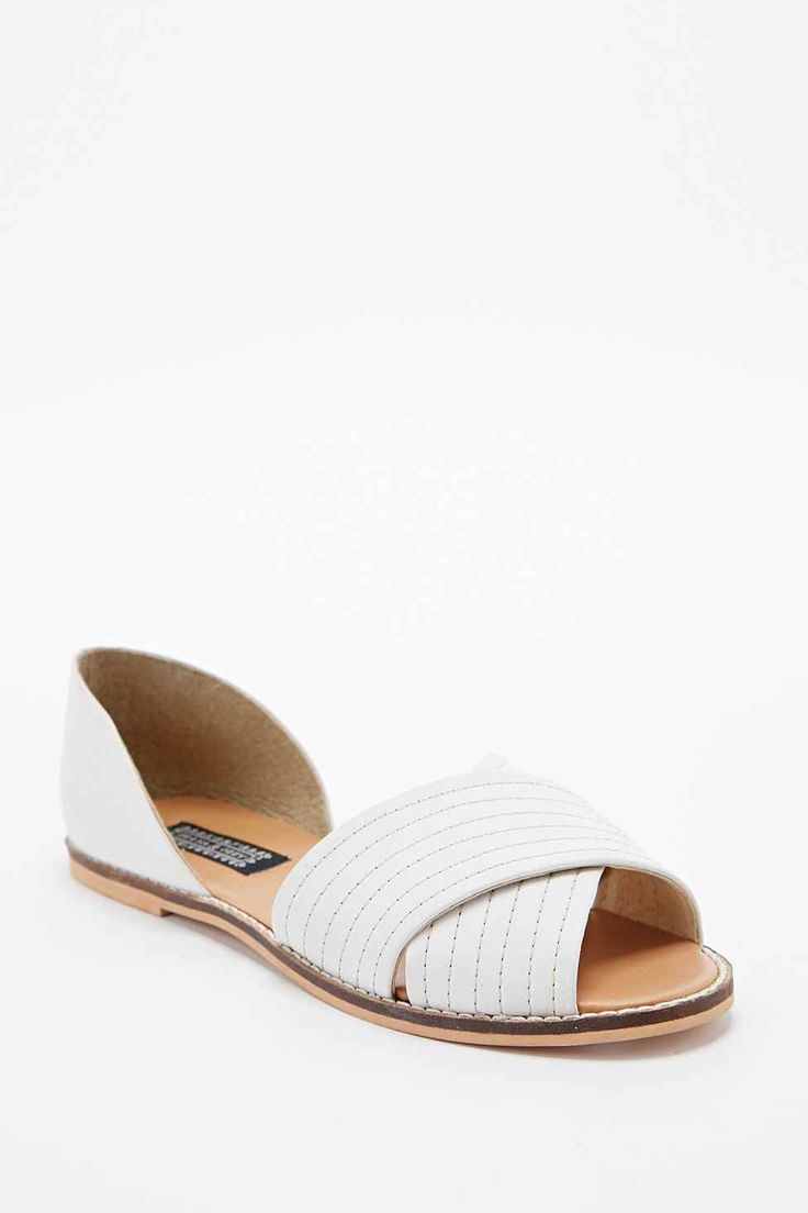 Deena & Ozzy Jada Vamp Flat Shoes in White