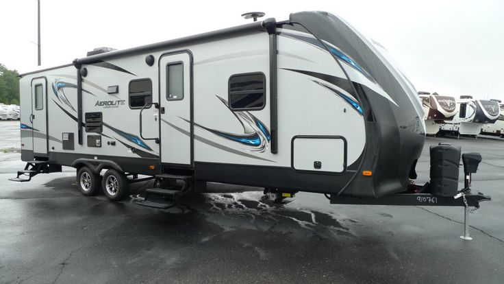 IT'S RVING TIME AND LIVING'S EASY! 2017 Dutchmen Aerolite Luxury Class 282DBHS A kitchen skylight lets natural sunshine radiate off the surfaces of your stainless steel appliances as you prepare delectable dishes in this 33' long, 6293 lb RV. A remote control lets you operate your slide out, stabilizer jacks, electric awning, and patio lights all from the palm of your hand!  Give our Aerolite Luxury Class expert Norman Wells a call 231-730-3481 or send an email to norm@natlrv.com for…