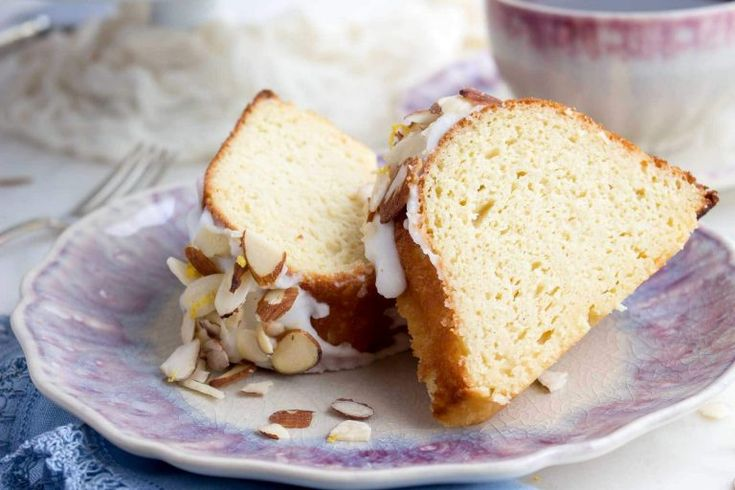 Low Carb Bundt Cake Recipes: Almond Flour, Coconut Flour And Cream Cheese Combine To