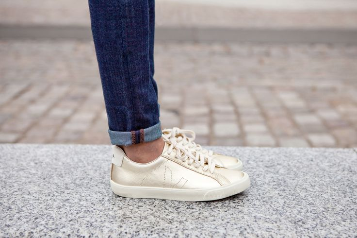 Our VEJA Esplar leather gold are available on veja.fr #veja #vejashoes