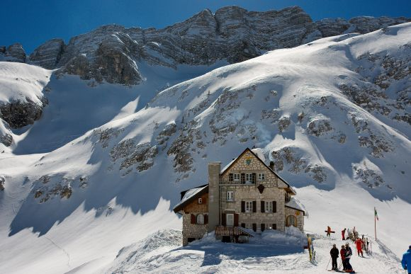Photoblog: la magia dell'inverno in Friuli Venezia GiuliaGoLiveFVG  Rifugio Gilberti - Sella Nevea