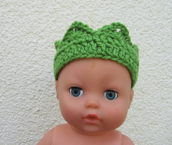 Newborn crochet crown green crown for babies 03 by Madebyfate, $7.00