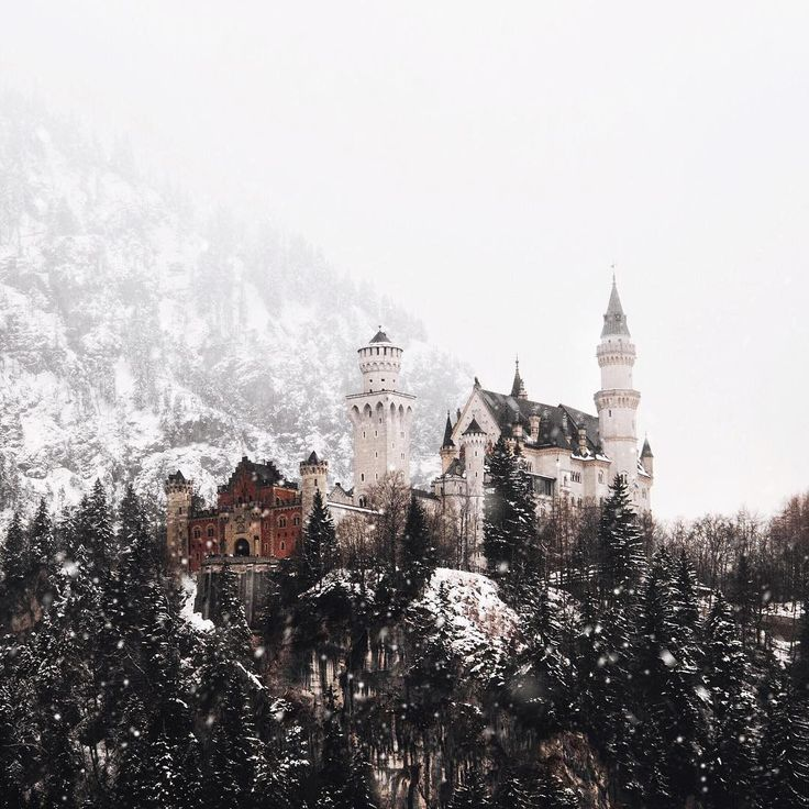 Neuschwanstein @germanroamers