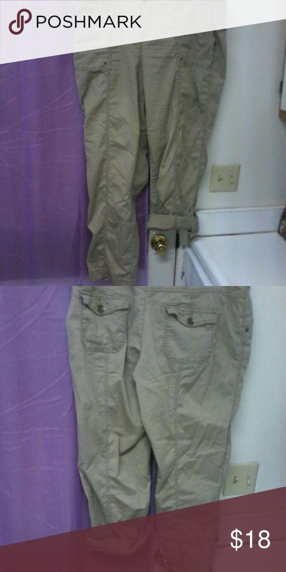 maurices khaki capri/pants size 18 maurices khaki capri/pants..straight leg.. maurices Pants Capris