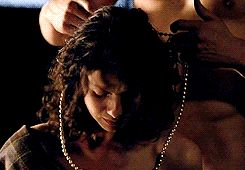 Jamie's mum's Pearls - God, I love how gently he moves her hair out of the way <3