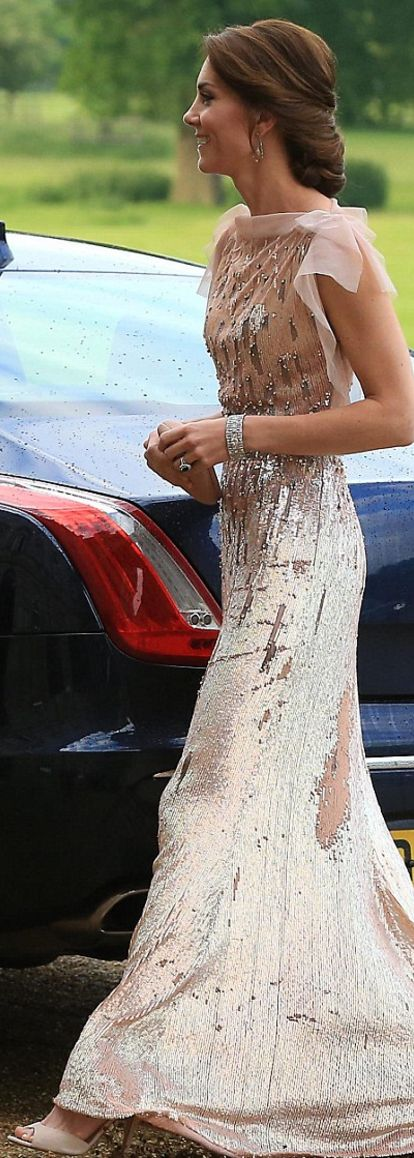 Kate Middleton: Dress – Jenny Packham Purse – Prada Shoes – LK Bennett