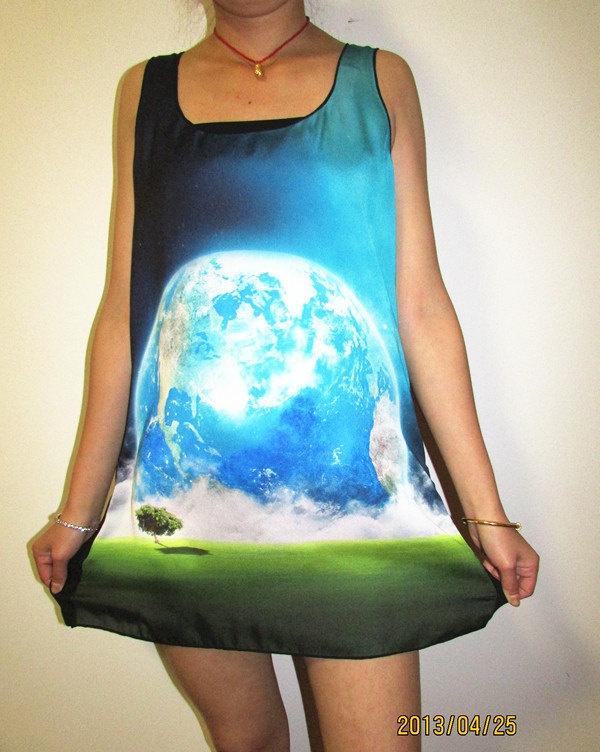 Earth tshirt,galaxy tshirt, galaxy tank top, 3D printing tunic top vest, 3D printing sleeveless women tshirt. $15.50, via Etsy.