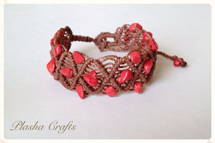 Brazalete PIEDRAS ROJAS, Macrame Bracelet by Plasha Crafts