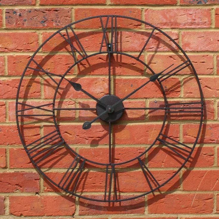 60Cm Stunning Metal Roman Numeral Clock - Black Iron