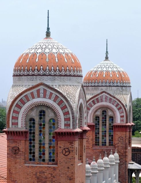 Ornate domes and stained glass windows of the Senate House is one of the finest monuments in Chennai, India.  The remarkable architectural skills of the famous architect of the 19th century, Robert Fellows Chisholm.  The Senate House is located on the Madras University Campus, near the Marina. The structure is a live example of the Indo-Saracenic style with a harmonious blend of Byzantine architectural features.