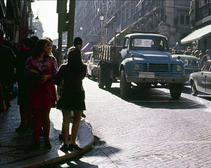 Rua Garrett, Lisboa (A. Pastor, 1973)