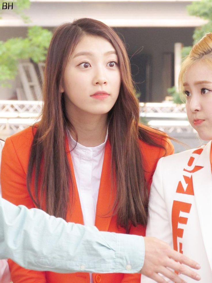 The Ark (디아크) ~ Halla & Minju 150606 The Ark Mini Fanmeeting after Music Core; cr : BH ♥ do not edit
