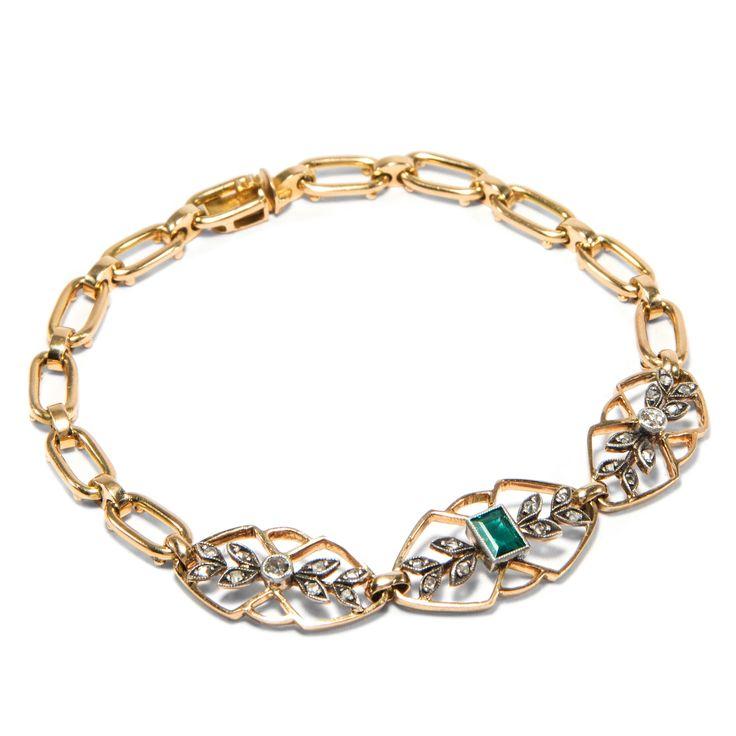 Zart & Anmutig - Antikes Armband mit Smaragd & Diamanten, Großbritannien um 1905 von Hofer Antikschmuck aus Berlin // #hoferantikschmuck #antik #schmuck #antique #jewellery #jewelry // www.hofer-antikschmuck.de
