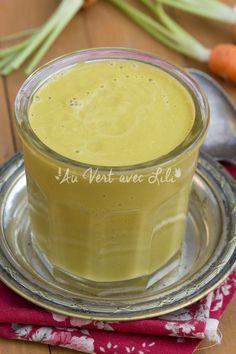 Soupe crue aux carottes, noix de cajou, coriandre et gingembre (vegan)