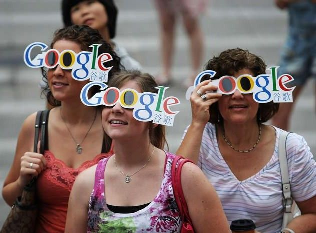 Google Glass: Funny Pics and Videos