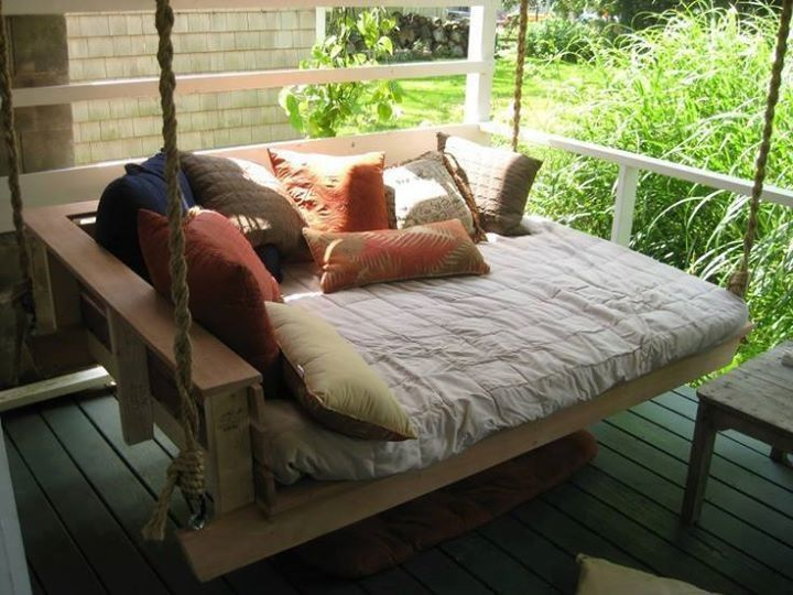 Can Full size swinging beds thought