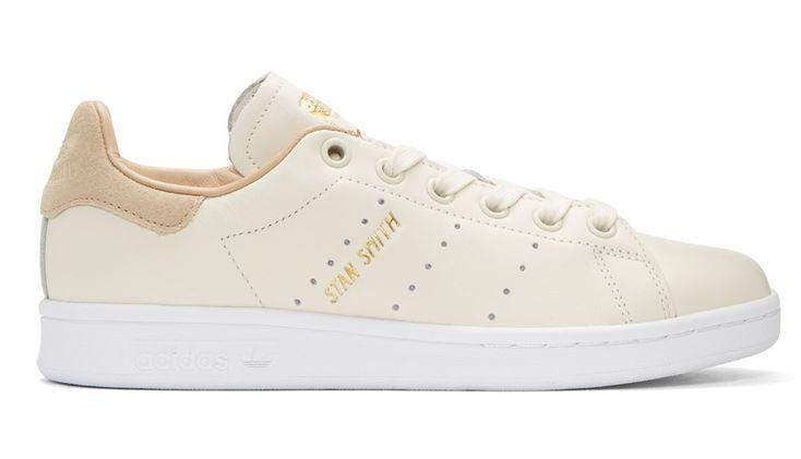 Soldes Baskets Femme SSENSE, Adidas Originals Baskets blanc cassé Stan Smith Premium prix Soldes SSENSE 87.00 €