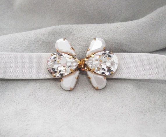 Wedding Belt, Crystal and pearl belt brooch, Wedding dress accessory, Swarovski crystal and pearls gold wedding sash, Bridal accessories