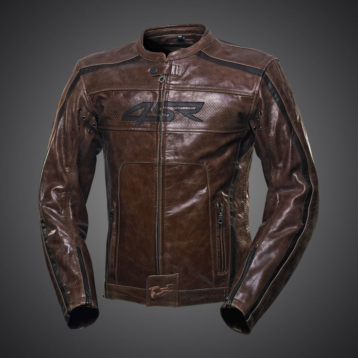 This stylish jacket is made from hand-waxed pull-up leather. When wearing the jacket this skin acquires a perfect patina which will draw attention over many years.