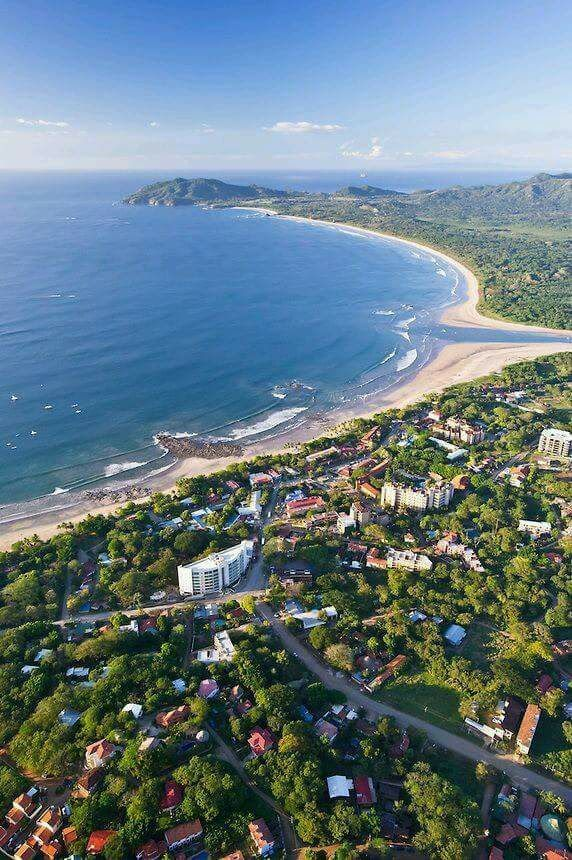 This post features 10 cool things to do in Tamarindo and is part of a 10 cool things in 10 cool areas Package Costa Rica vacations series.