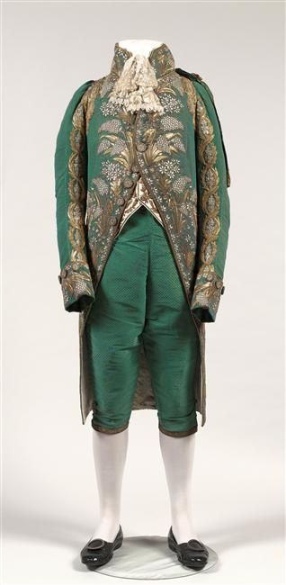 Court suit of Jérôme Bonaparte, First Empire From the Réunion des Musées Nationaux