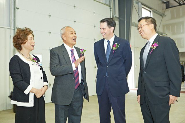 From left to right:  Sharon Hsu, Paul Hsu, Wisconsin Governor Scott Walker, and Will Hsu.  As a Power Player in the World Export market, we occasionally enjoy some special guests.