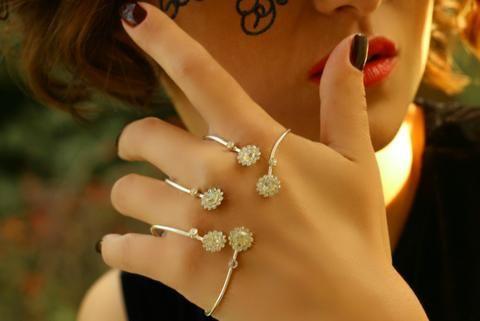 Çiçek Motifli El Bileziği, Ayarlanabilir / Gümüş, El Bileziği, Takimania