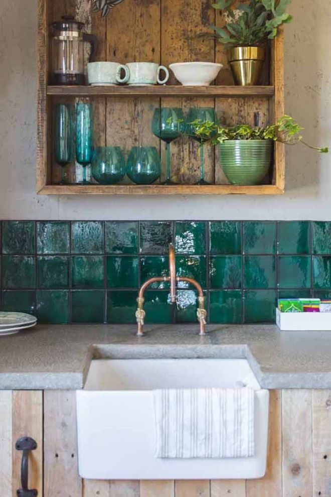 Le Vert D Eau Va à Merveille Aux Zelliges Green Kitchen Tile Ideas