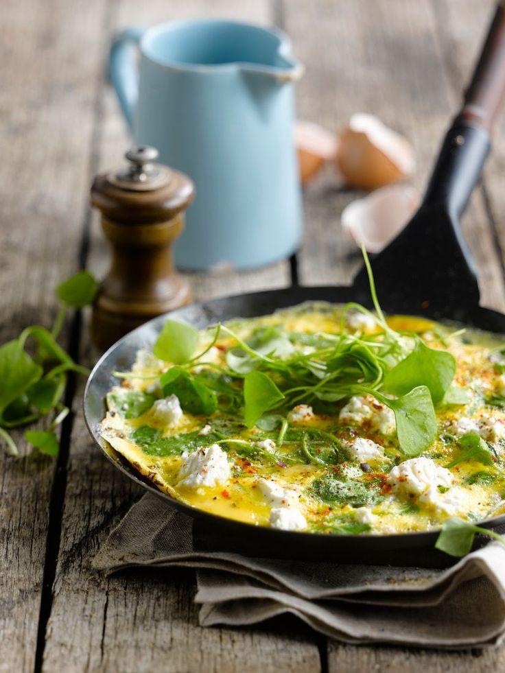 Ricotta-Omelett mit Portulak | http://eatsmarter.de/rezepte/ricotta-omelett-mit-portulak