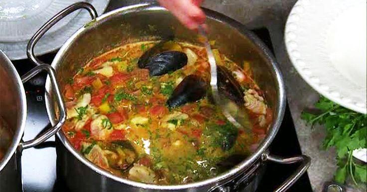 Klassisk fiskgryta med vit fisk, potatis, saffran och fänkål som uppskattas av de flesta.