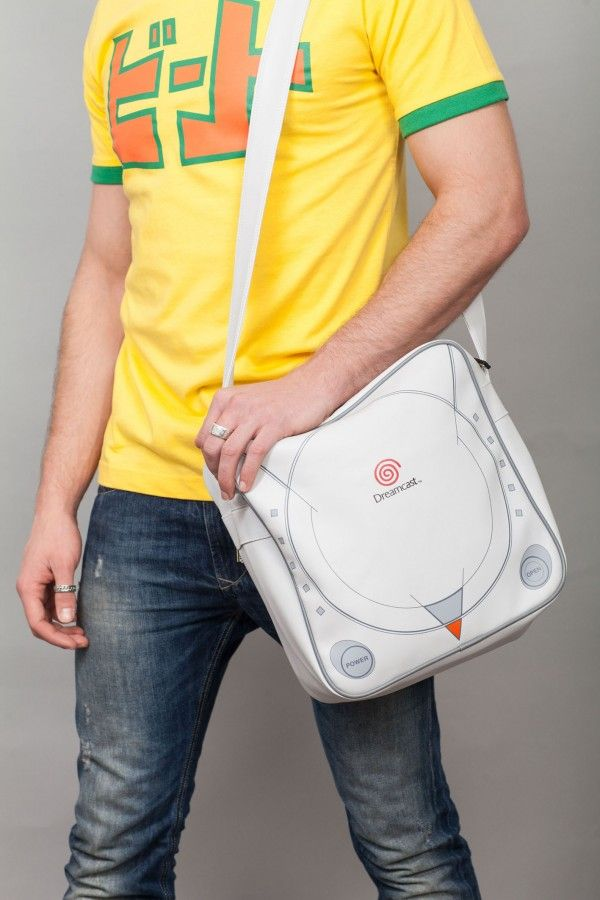 #Relive The Past With These SEGA Dreamcast And Genesis Courier Bags