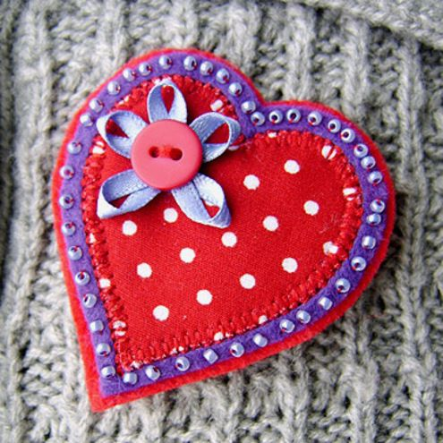 "Folksy ""Fabric Heart Brooch"" 