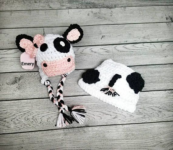 This cow prop includes a cow diaper cover photo prop set is the perfect newborn girl cow outfit. Featuring a cow hat and diaper cover, this cow costume will look adorable on any baby girl. The baby girl cow hat has a bow as well as a pink tied bow on the cow tail. Are you looking for the perfect cow outfit? Look no further. Available as a preemie girl prop, newborn cow set, or a baby girl cow set for sizes up to 12 months. This cow prop is created with soft textured yarn. All pieces are…