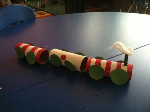 Super simple and fun Polar Express train craft for preschool and kindergartners. :)