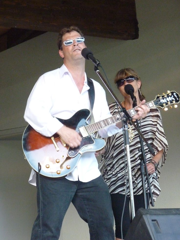 Steve Jones & The Patio Bandits