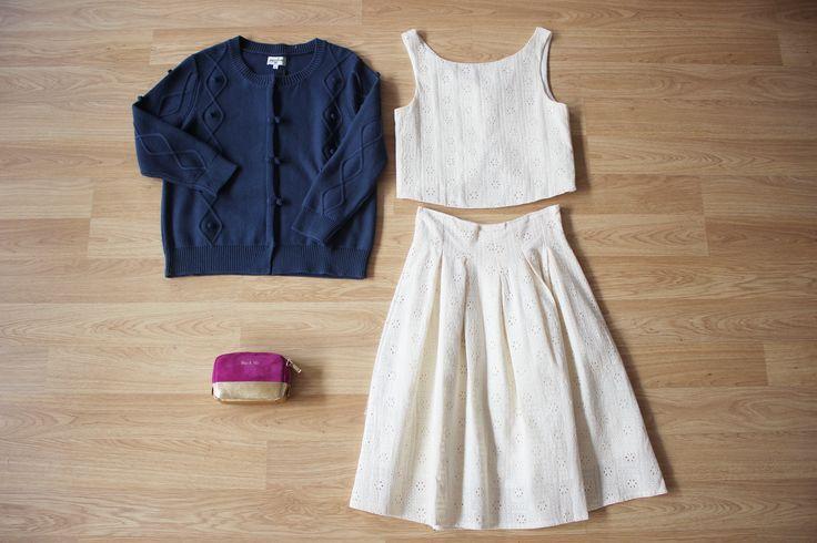 Llegan los LOOKS primaverales más    ¿Y si mezclamos prendas troqueladas con punto navy?  http://www.colettemoda.com/producto/cardigan-pompones-navy/