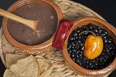Salsa de Frijol Colado – Receta Yucateca.