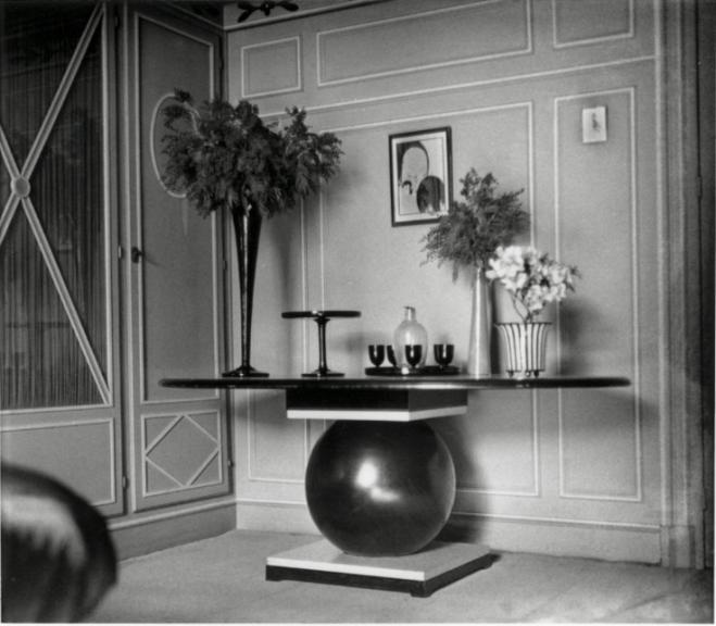 Jacques-Henri Lartigue. Dans mon appartement, table dessinee par moi, Paris, 1922