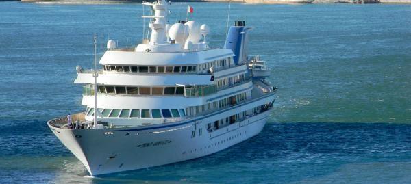 image-yacht-prince-abdulaziz