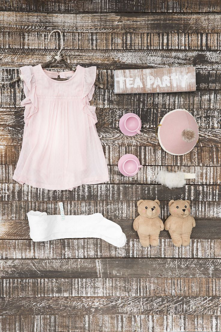 Vestidos elegantes para momentos inolvidables. #ModaInfantil #BabyBoy #BabyGirl #FashionKids #RopaParaNiños #RopaParaNiñas #ModaInfantilFemenina #ModaInfantilMasculina