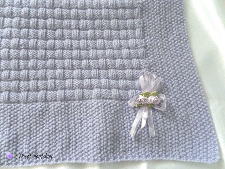 Couverture bébé parme tricotée main