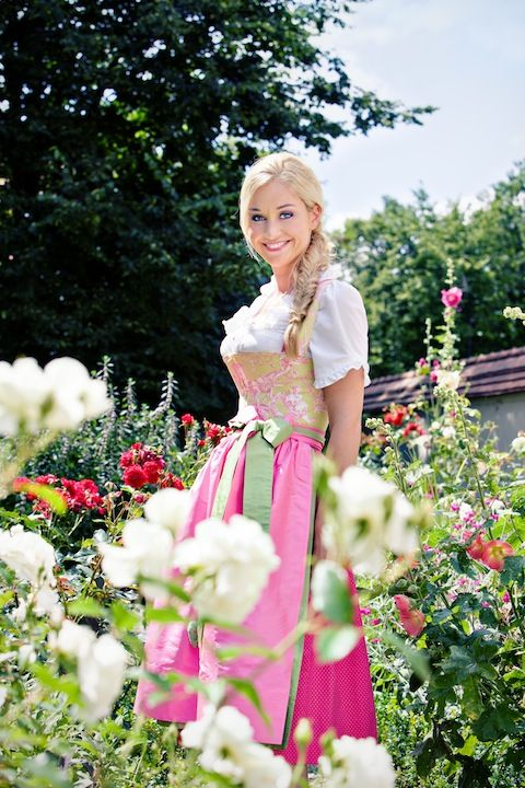 Schatzi Dirndl. So beautiful! I want this for my Europe trip with the Donauschwaben club!