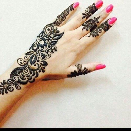 pretty henna design
