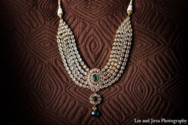 indian wedding necklace bridal jewelry emerald http://maharaniweddings.com/gallery/photo/12837