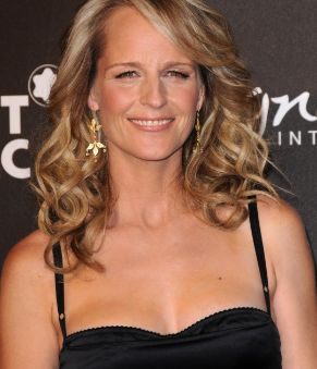Helen Hunt Bra Size Age Height Weight Feet Body Measurements Wiki