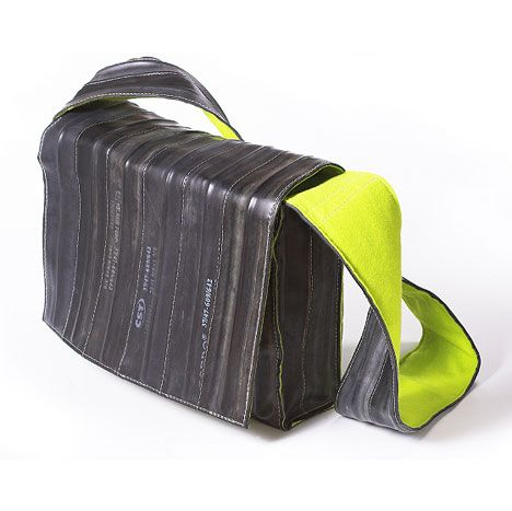 Krejci: Satchel from bicycle inner tubes