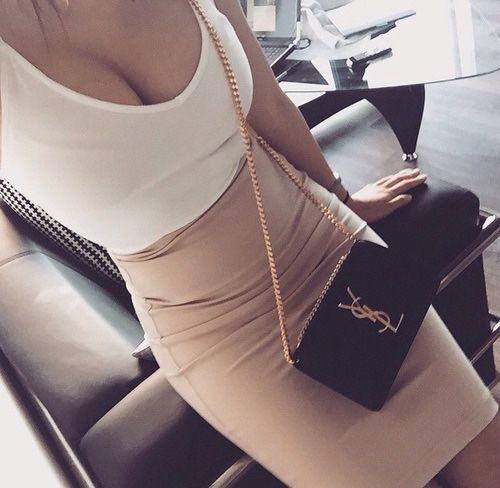 Fashion | @demetriavalen_