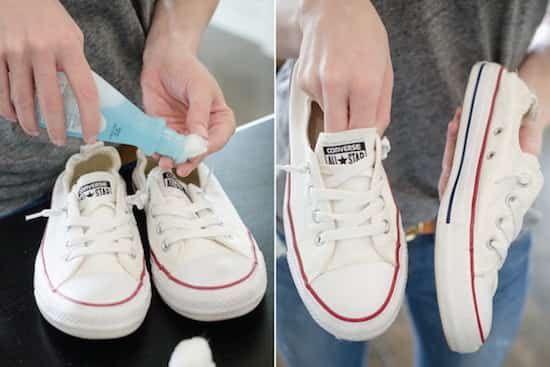 utilisez du dissolvant pour nettoyer les taches sur des baskets blanches