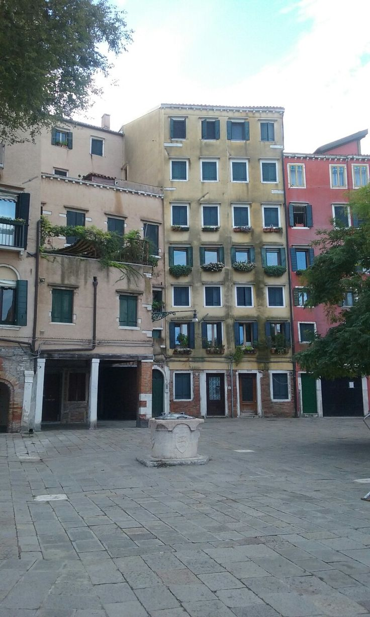 Sleepy #Venice #LuckyMe to Live and Work here!!