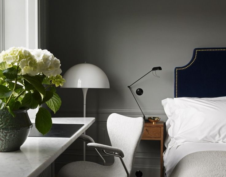 Ett Hem hotel Stockholm bedroom Arne Jacobsen vanity table / secretary - Scandinavian design as its best